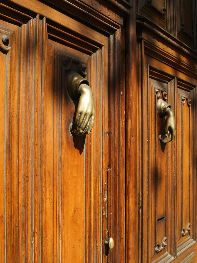 Door and Knocker II Another of Barcelona's ubiquitous fancy doors, though this was more interesting than ornate. Image Copyright © 2007 Jeremiah Blatz